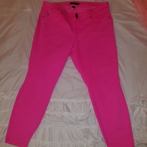 Torrid Neon Pink stretch skinny jeans.  24T plus